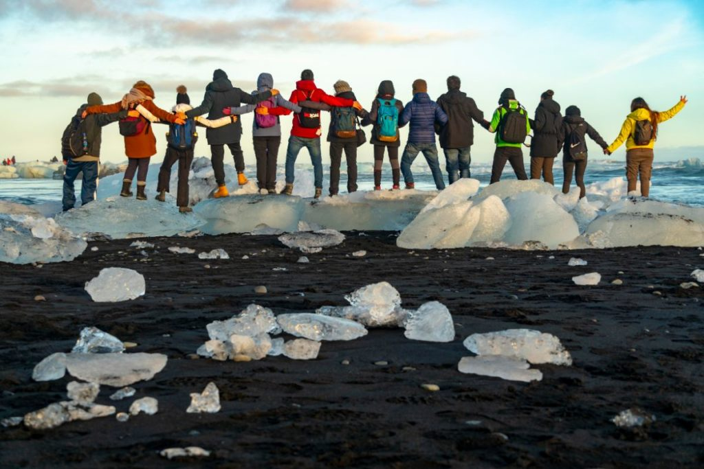 Gruppo di viaggiatori in Islanda