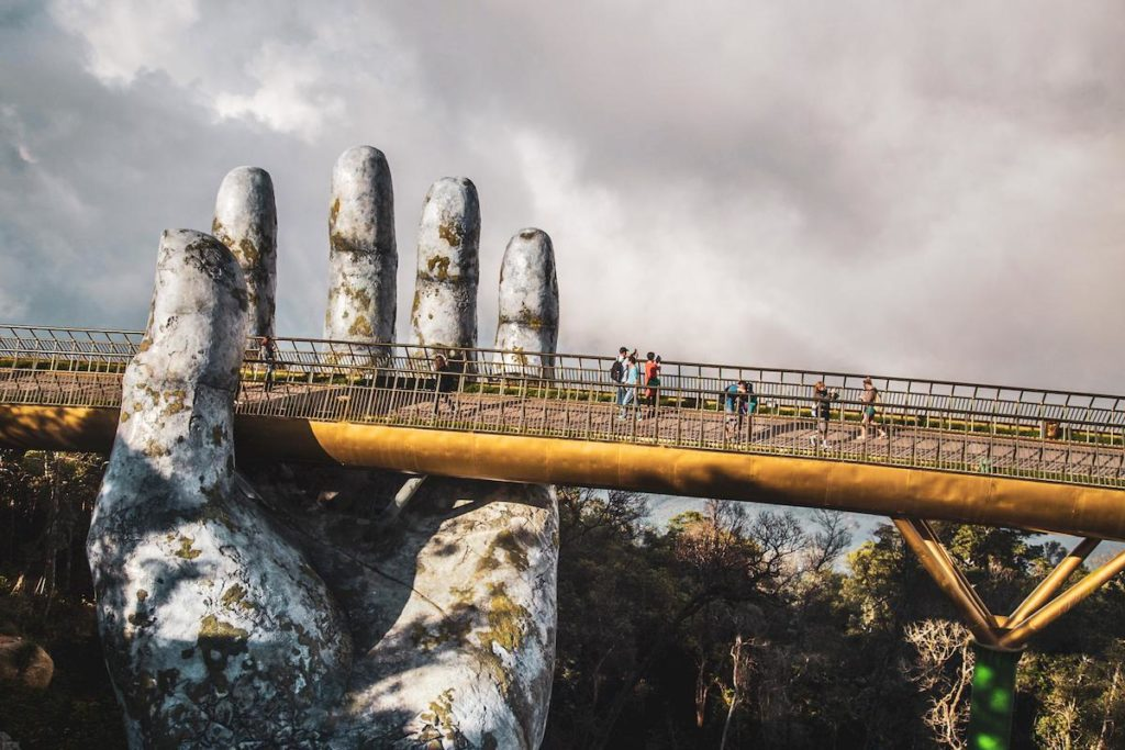 Golden Bridge, Da Nang